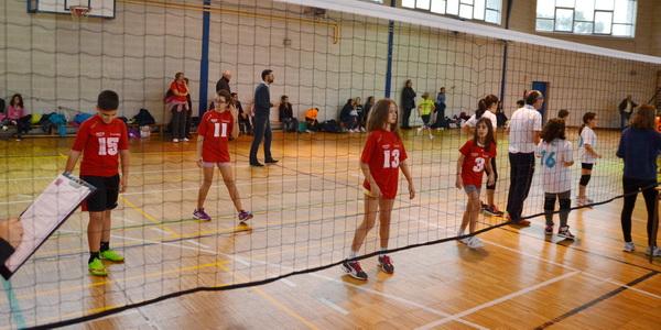 Participación de Burgas Voleibol Ourense en la competición escolar