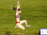 Leticia Gil saltando en el Nacional Absoluto disputado en Alcobendas (Foto: Nacho Rego)