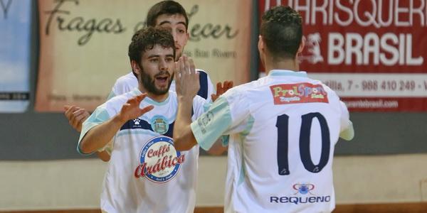 Sala Ourense Prolsport vuelve más líder de Baiona