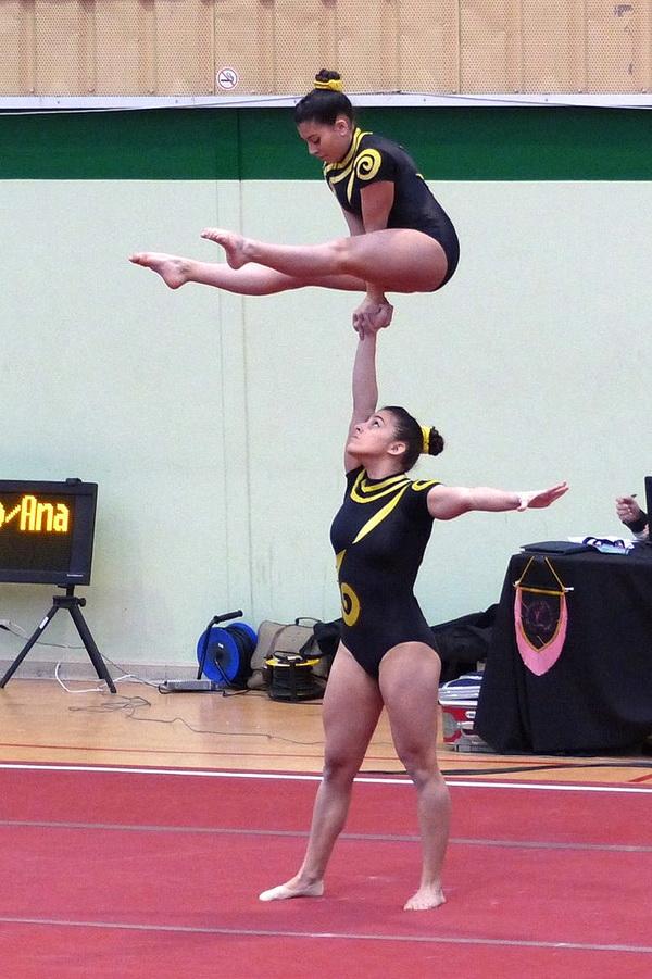 Yolanda garc a y sara blanco campeonas de espa a de for Gimnasia gimnasia