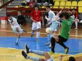 Intenso derbi entre los dos equipos ourensanos de la categoría (Foto: Nacho Rego)