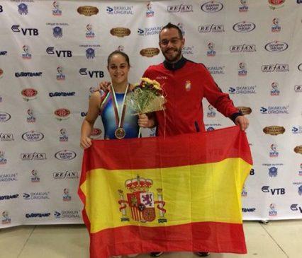 Melania Rodríguez campeona del mundo de dobleminitramp Sub15-16