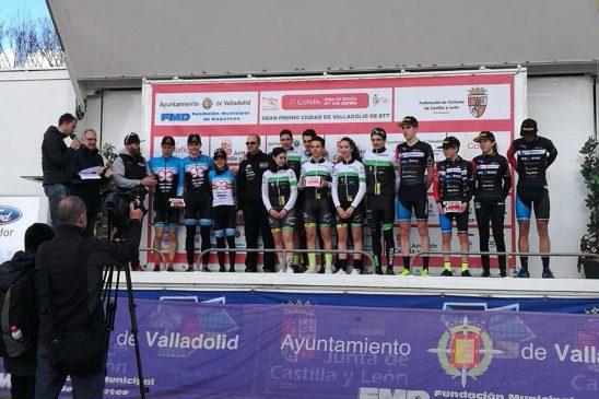 Triunfo por equipos del Club Ciclista Maceda en Open de España de Chelvao