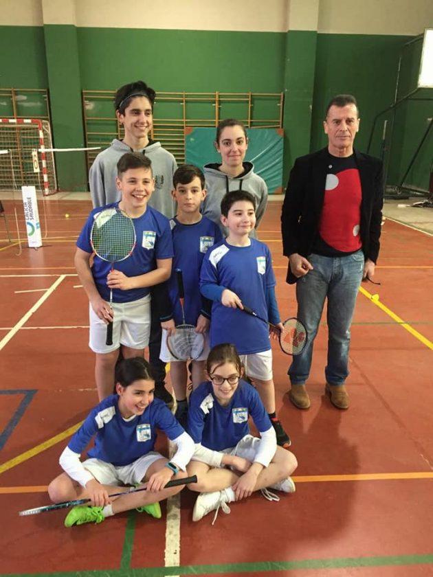 CEIP Mestre Vide Badminton equipo