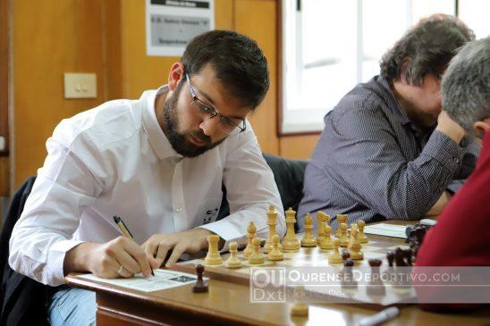 Iván Salgado debutó con el Xadrez Ourense
