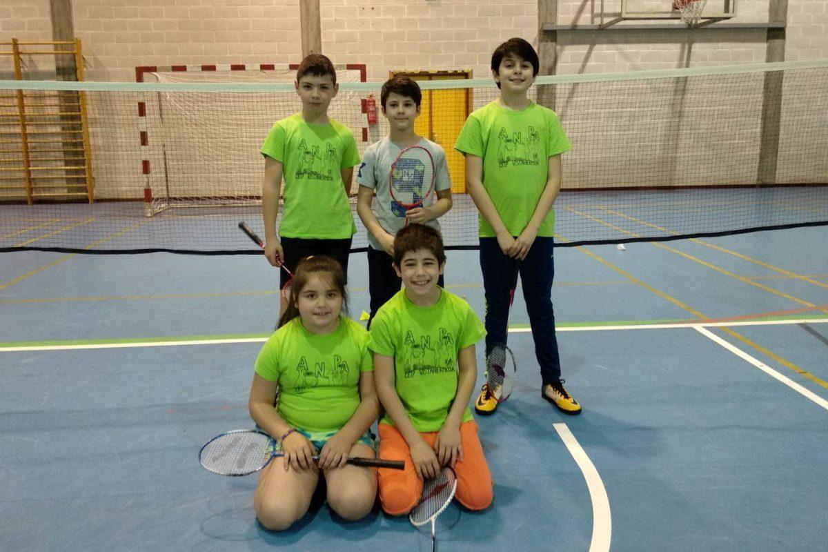 fase ourense badminton escolar (1)