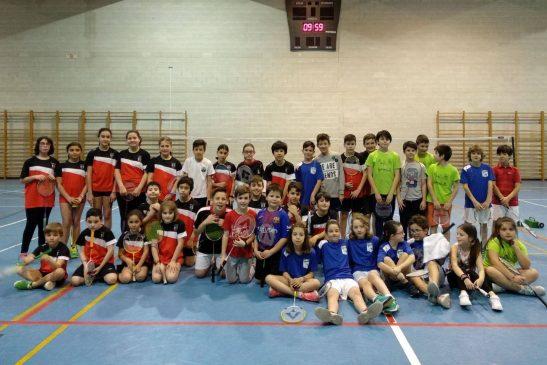 Celebrada la fase comarcal de bádminton escolar