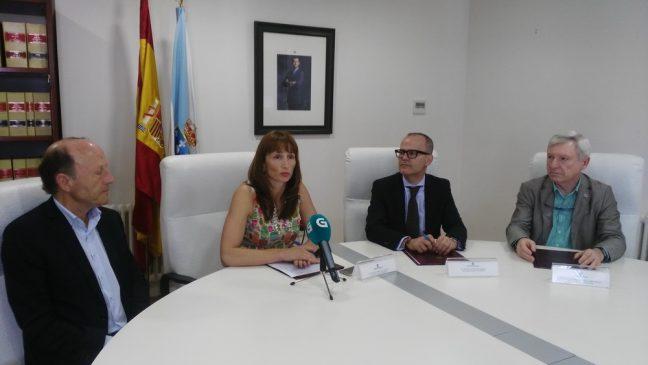 A Secretaría Xeral para o Deporte e Expourense asinan o convenio para a xestión da pista de atletismo