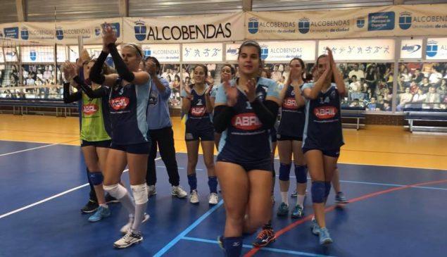 Voleibol Badajoz tampoco puede con un invicto Aceites Abril
