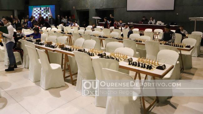 """A II edición do """"Sportur Galicia"""" de Xadrez reuniu a máis de 120 xoves participantes"""