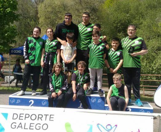 Histórico podio para Fluvial Allariz en el Gallego de Piragüismo escolar