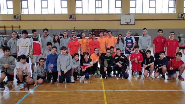 As Lagoas acogió la jornada de la Copa Diputación Bádminton para deportistas de 7 a 16 años